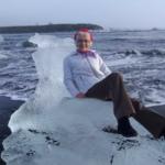 Oma driftet auf Eisscholle ab