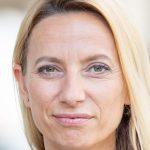 Dr. Juliane Bogner-Strauß: Hotline für Pflege daheim